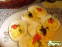 jajka faszerowane z kawiorem