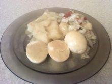 Jajka na twardo w sosie musztardowym