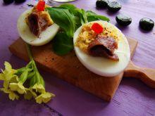 Jajka nadziewane anchois