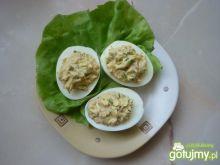 Jajka nadziewane pastą z tuńczyka