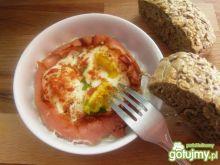 Jajka sadzone w szynce