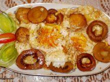Jajka sadzone z pieczarkami :