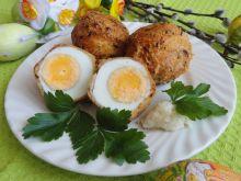 Jajka w serowej skorupce
