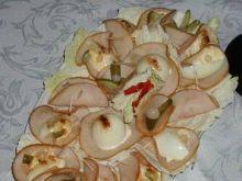 Jajka w sosie majonezowym w szynce