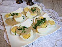 Jajka w sosie musztardowo chrzanowym