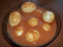 Jajka w sosie pomidorowym