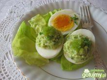 Jajka z farszem z awokado i wasabi