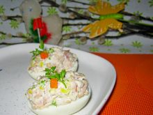 Jajka z mięsnym farszem