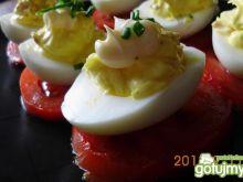 Jajka z nadzieniem z szynki