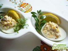 Jajka z pasztetem i kurkami
