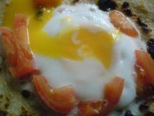 Jajko na naleśniku