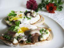 Jajko sadzone z grzybami