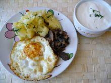 Jajko sadzone z ziemniaczkami