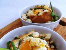 Jajko upieczone w kajzerce