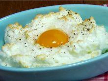 Jajko w chmurce