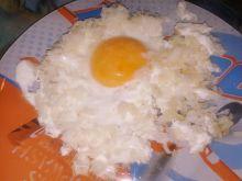 Jajko w ryżowym gniazdku