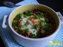 Jajko zapiekane w quinoa