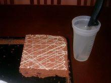 Jak ładnie pokroić ciasto lub tort