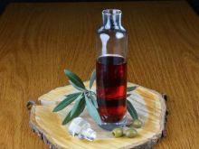 Jak przygotować sos winegret?