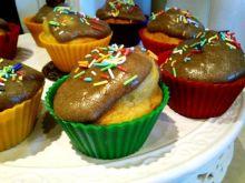 Jak smacznie udekorować muffinki?