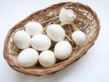 Jak ugotować pęknięte jajko?