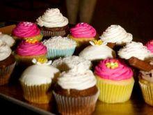 Jak utrwalić krem na muffinach?