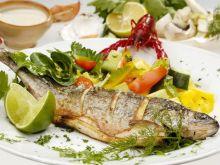 Jak wzbogacić smak smażonej ryby?