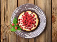 Jak zrobić biszkopt z owocami?