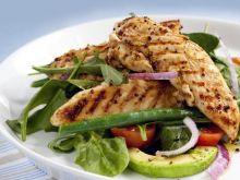 Jak zrobić delikatne i soczyste piersi z kurczaka?