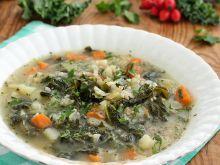 Jarmużowa zupa z kaszą