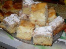 Jesienne ciasto rabarbarowe z masą