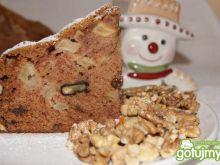 Jesienne ciasto z orzechami i cynamonem