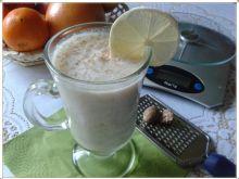 Jogurt bananowo-gruszkowy z gałką muszkatołową