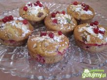 Jogurtowe muffinki z porzeczkami