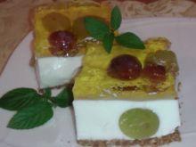 Ciasto jogurtowe z winogronami
