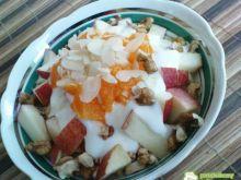 Jogurtowo-owocowe śniadanie
