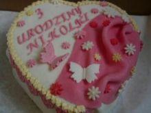 Jogurtowy tort z musem