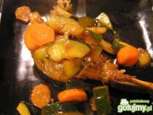 Kacze udo z warzywami