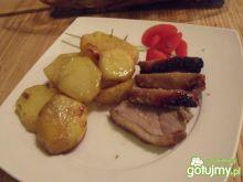 Kaczka z aromatycznymi ziemniakami