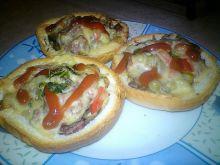 Kajzerkowe mini pizze