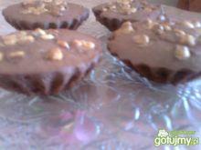 Kakaowe babeczki z orzechami laskowymi