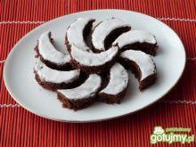 Kakaowe ciasteczka w białej polewie