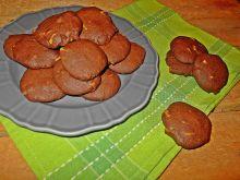 Kakaowe ciastka z białą czekoladą