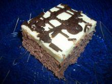 Kakaowe ciasto z masą serkową