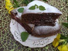 Kakaowe ciasto z truskawkami