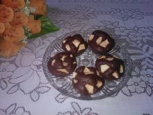 Kakaowe muffinki z jabłkami