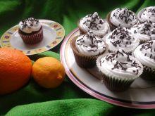 Kakaowe muffinki z kaszą manną