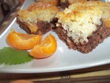 Kakaowo-kokosowy placek z morelami