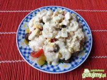 Kalafior z oliwkami w sosie majonezowym