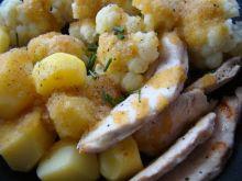 Kalafior z ziemniakami i kurczakiem